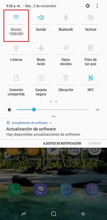 Oprimiendo el icono de WiFi (Aplica también para iPhone)